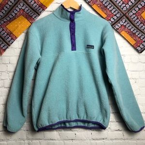 Patagonia blue and purple pullover fleece